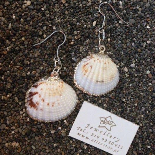 #Shell ear rings #Alicestarjewelry #15yearsprofessionaljewelrycreator #greekjewelry #handmade #followme #Summeringreece