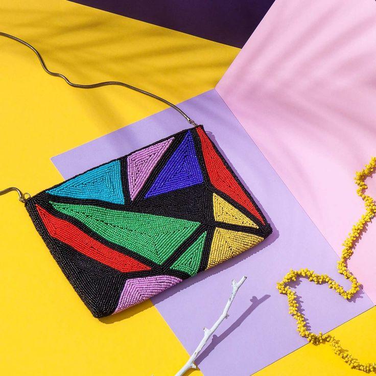 Farbenfrohe Perlenkunst