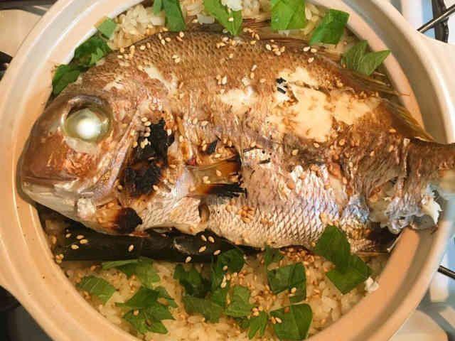 土鍋で炊き込みご飯☆鯛めしの画像