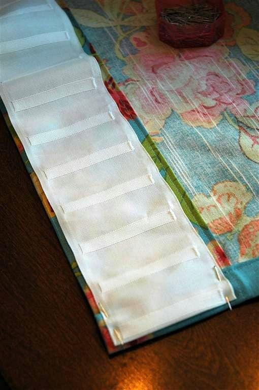 Prairie Perch: Using pleat tape!: Curtains Drapes, Window Curtains, Making Curtains, How To Pinch Pleat Curtains, Curtains Textiles, Pleat Tape, Curtain Tutorial, Curtains This, Diy Pinch Pleat Curtains