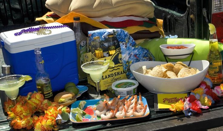 A Jimmy Buffett pre-concert tailgate party to marvel Margaritaville