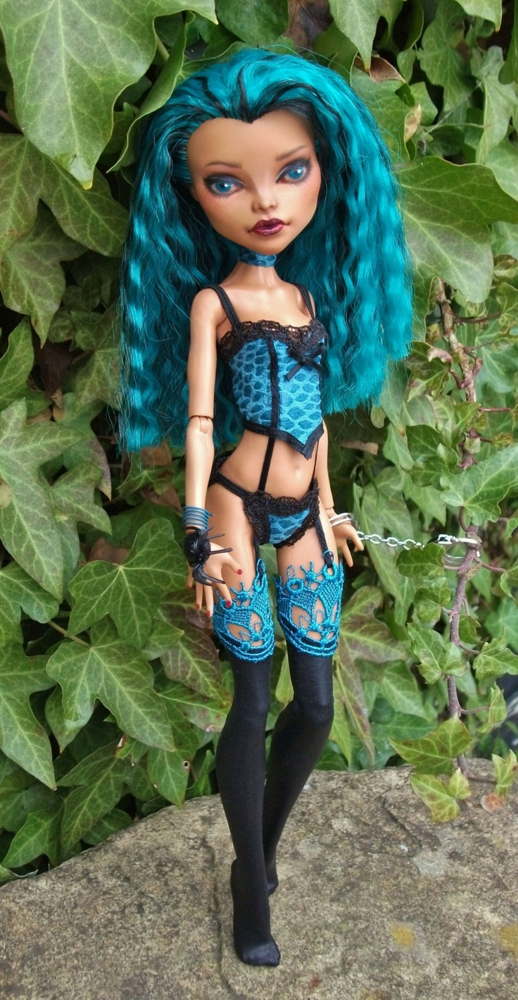 Monster High Nefera Doll OOAK Outfit love the hair