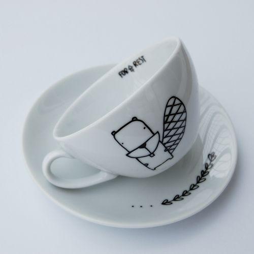 Filiżanka cappuccino bóbr; Projektant: For Rest; Wartość: 35 zł; Poczucie dobrego smaku: bezcenne. Powyższy materiał nie stanowi oferty handlowej