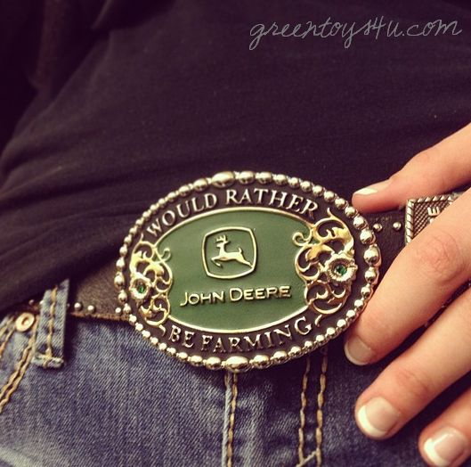 Would you rather be farming? John Deere belt buckle at GreenToys4u.com! Tag a friend who would wear this! #johndeere #johndeeregirl #country #countrygirl #farm #farmgirl #beltbuckle #greenmachine #getyoursatgreentoys4u #greentoys4u