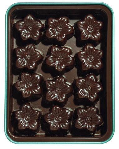 AMATLLER Chocolate Truffles 'Flors al Marc de Cava' 72g 10 Tins Display | Spanish Chocolate | Gourmet Food