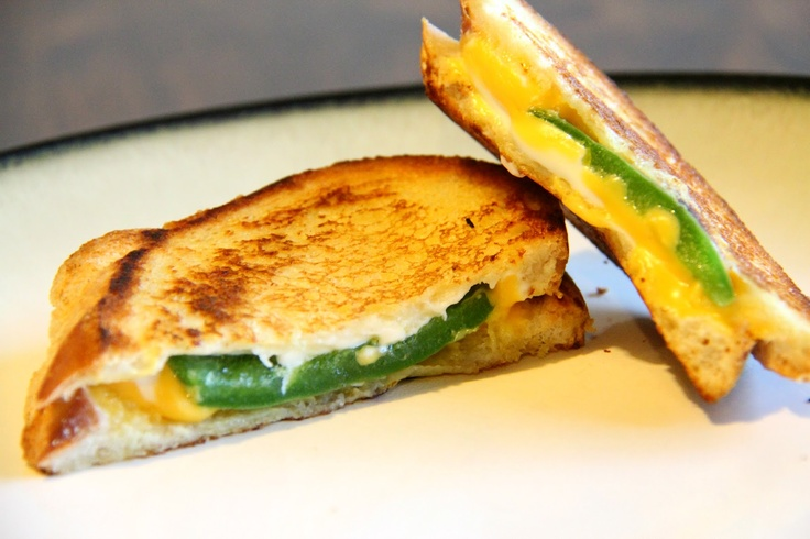 Jalepeno Popper Grilled Cheese ~ it's whats for dinner tonight!!