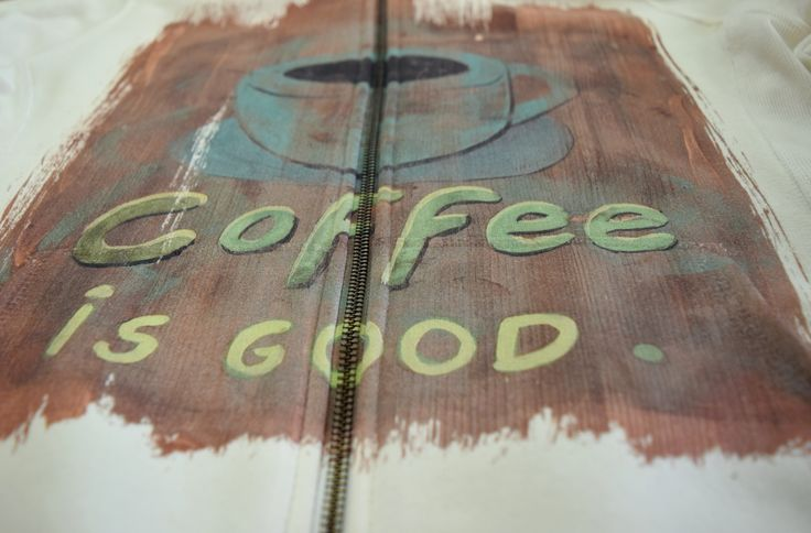 We like our #coffee #DTGprinted. How do you like yours?  #digitalprinting #coolhoodieprints @kornitDigital http://bit.ly/18R50iz