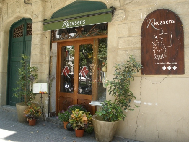 Tapas « Barcelone insolite  Recasens ... Restaurant moderniste