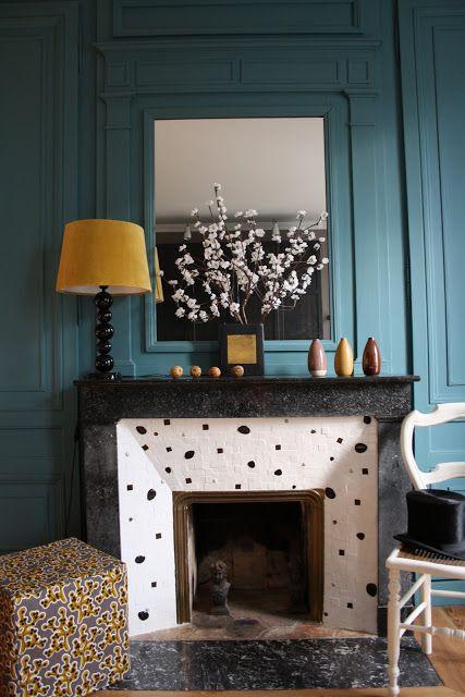Julie Niel: Boiseries et cheminée en marbre du XIXème réactual...