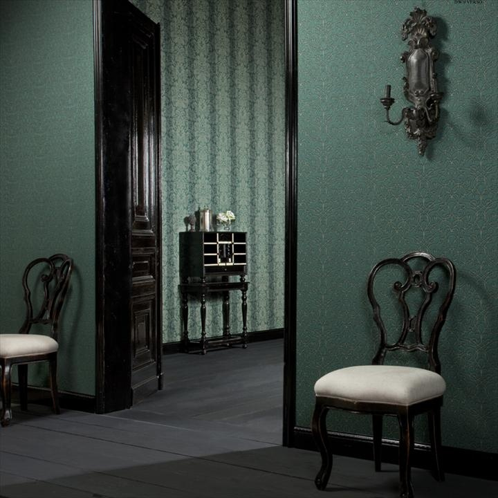 Baresque Trellis - Neva wallcovering creates a sense of elegance