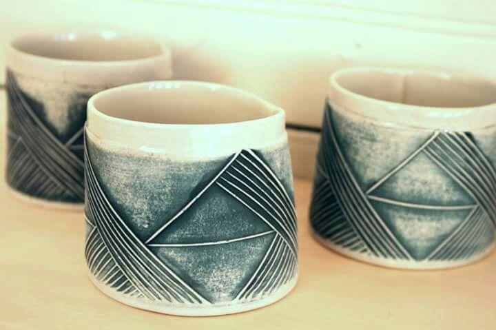Petits gobelets avec motifs géométriques_KG céramique