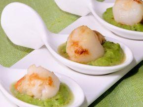 Receta | Cucharitas de puré de guisantes con zamburiñas - canalcocina.es