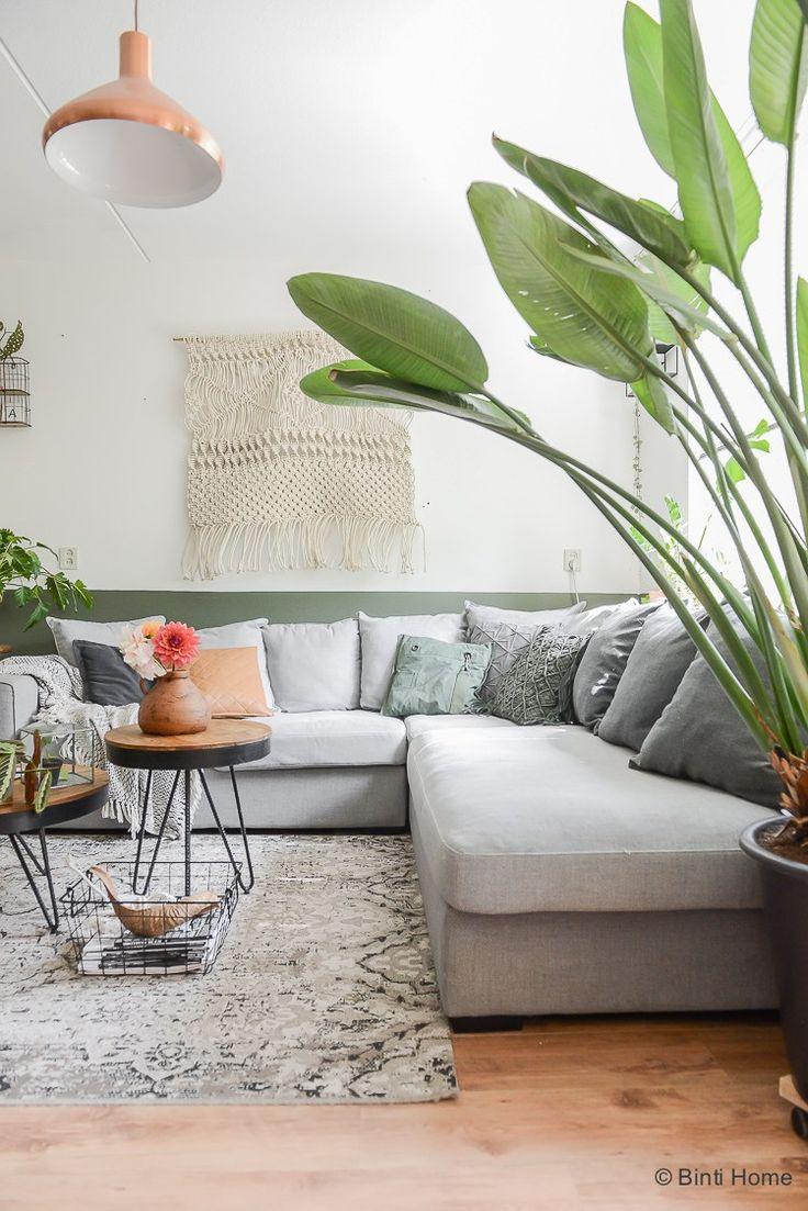 Binnenkijken in een groen huis met een dahlia tuin ©BintiHome
