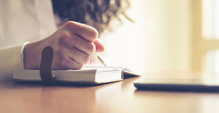 Novel Writing Tips - Reading a novel is one form of free time filler. In addition to giving the opportunity to calm down for a moment ...