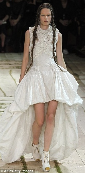 225 best images about Fashion Designer: Sarah Burton on ...