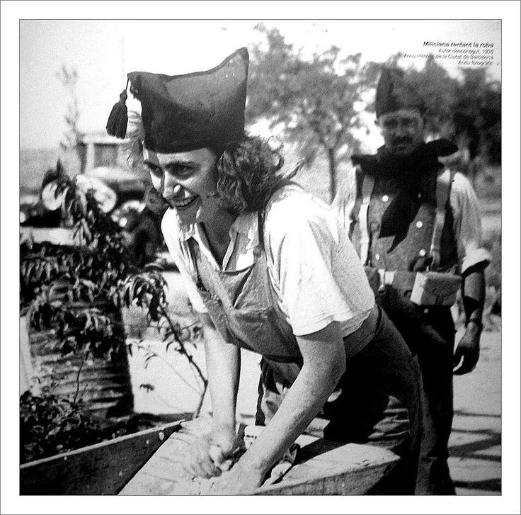 Miliciana, Spanish Civil War