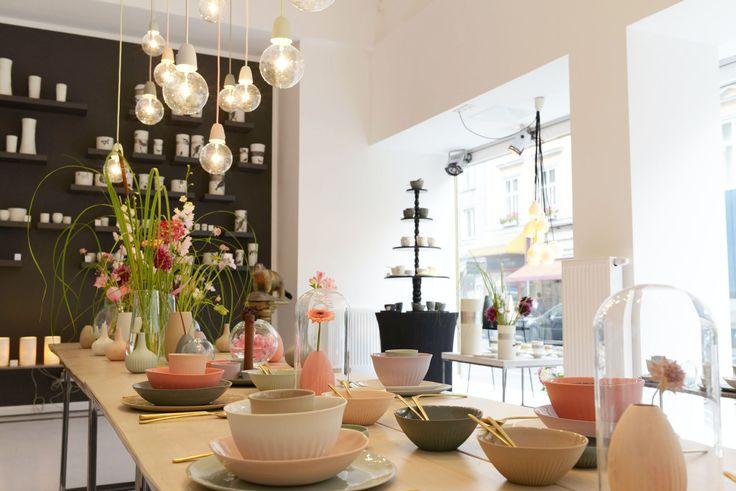 feinedinge*: showroom