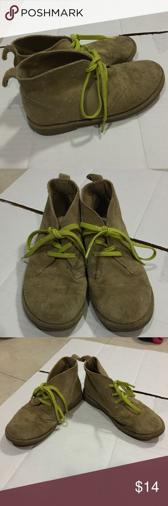 Lands' End Youth 13M Suede Chukka Boots Suede chukka desert boots with lime color shoelaces Gently worn, still in excellent condition  Minor dot stains on right boot Bundle multiple items and pay for shipping once Lands' End Shoes Boots