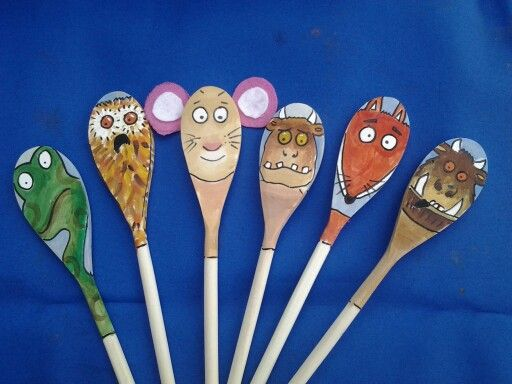 Gruffalo story spoons puppets. Made for school but got so much interest have had to start making them for friends too.