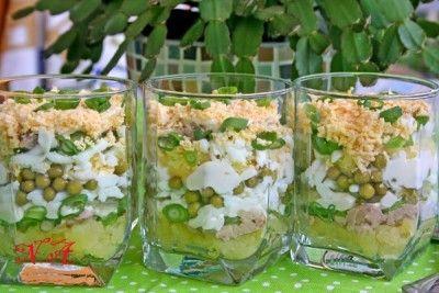 Салат с печенью трески праздничный. : Салаты (салат, печень, треск, праздничный, «Печень трески», печень трески)