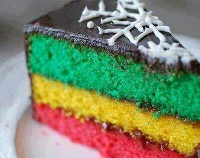 Torta rasta bañada en ganache de weed.