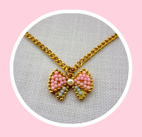 Rose - necklace by Miss Daisy
