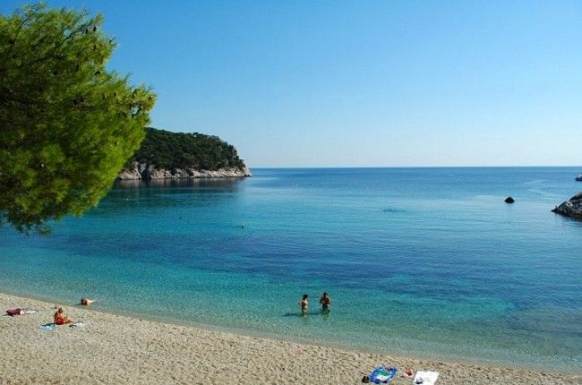 Stafylos beach, Skopelos Island Stafylos is one of the closest beaches to Skopelos Town. Just 5 km away from the capital, the stunning bay is accessible by local bus or private car. A nice fish tavern welcomes the visitors and some wooden steps lead...