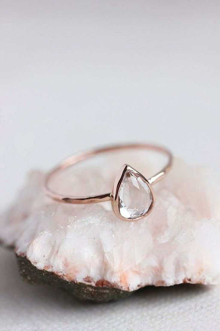 Cool 20+ Simple and Elegant Engagement Rings https://weddmagz.com/20-simple-and-elegant-engagement-rings/