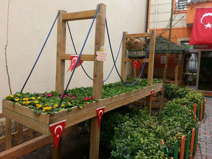 Girişbahçemiz... www.ipekbocegi.com.tr