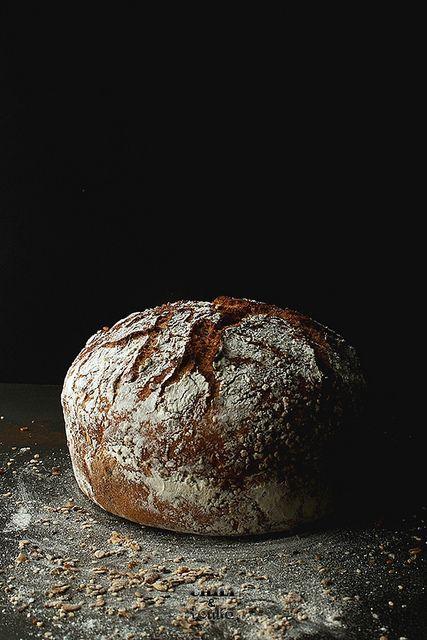Jim Lahey's Whole Wheat 18 hour bread / Chili & Tonka