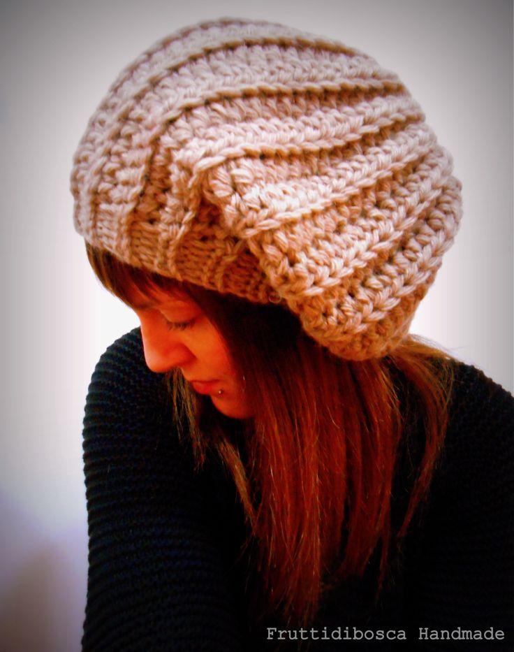 Berretto all'uncinetto - Crochet hat.