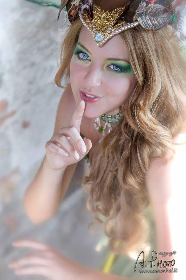 Titania The Queen of Faeries A midsummer night's dream Photo_ LAlvaro Pantani Follow me on FB: https://www.facebook.com/TamiyoCosplay or contact me to commission on page: https://www.facebook.com/EntrophyaShop