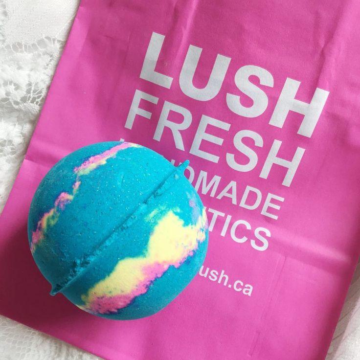 Lush Intergalactic bath bomb ✨