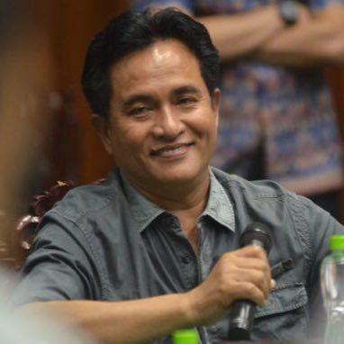 Oleh: Yusril Ihza Mahendra, Pakar Hukum Tata Negara Universitas Indonesia  20 Juli 2017 DPR telah mensahkan RUU Pemilu yang menetapkan keberadaan presidential treshold 20 persen. Secepat mungkin