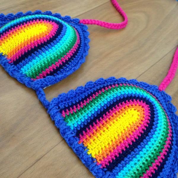Resultado de imagem para saida de praia em croche colorida