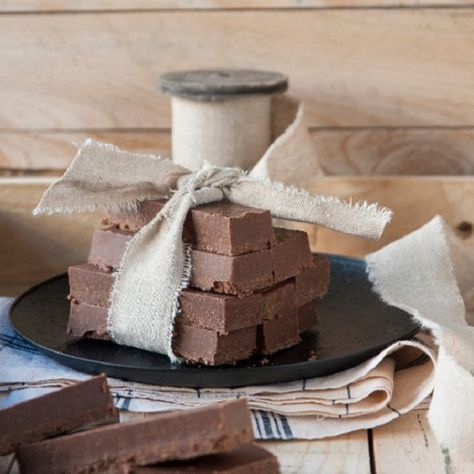 Μπάρες με ταχίνι και σοκολάτα by Στέλιος Παρλιάρος! - Shape.gr