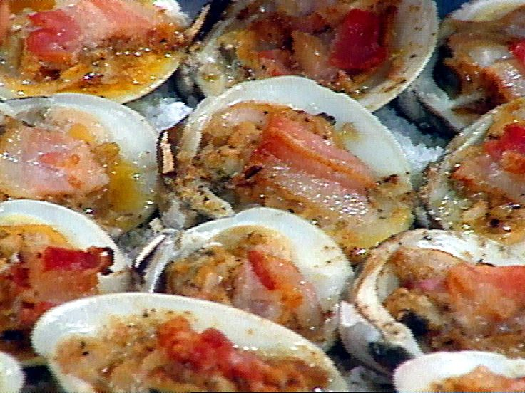 Get this all-star, easy-to-follow Clams Casino Royal recipe from Rachael Ray