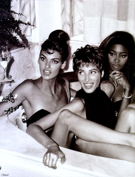 Linda Evangelista, Christy Turlington and  Naomi Campbell in a bathtub at the Ritz Hotel in Paris shot by Roxanne Lowit