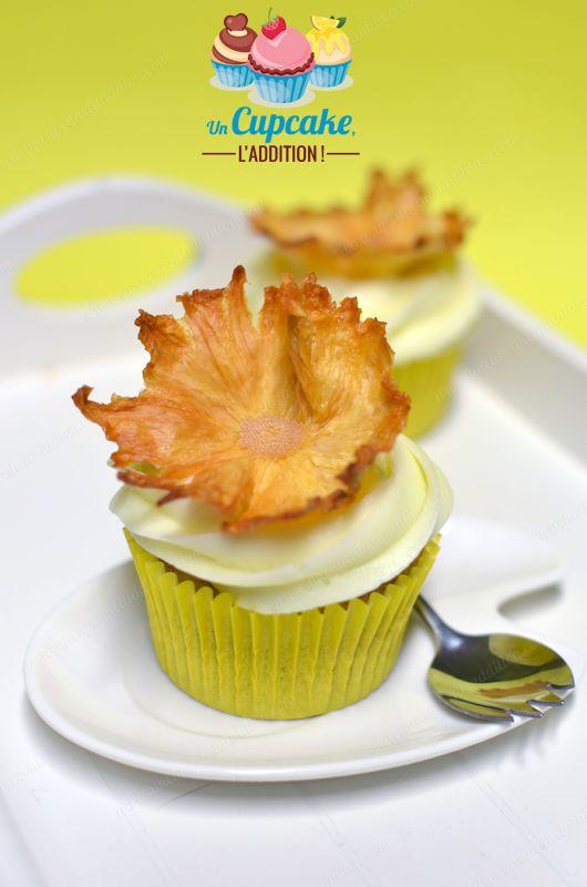 """Cupcakes """"Hummingbird"""" :  Un Cupcake tan dulce y tan afrutado ¡que los colibríes lo confunden con néctar!"""