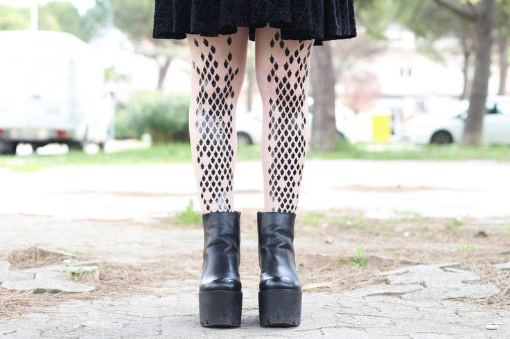 We love all your outfits Federica! @vanillasyndrome Beautiful! This one is with the Virivee dragon tights