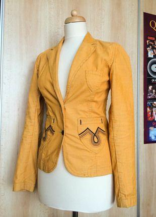 Kupuj mé předměty na #vinted http://www.vinted.cz/zeny/saka-saka/7756347-tmave-zlute-vypasovane-sacko