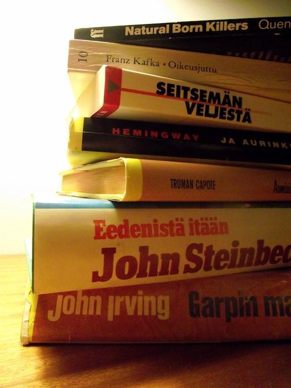books. Pohjois-Haaga & Maunula, Helsinki, Finland  #dumpsterdiving