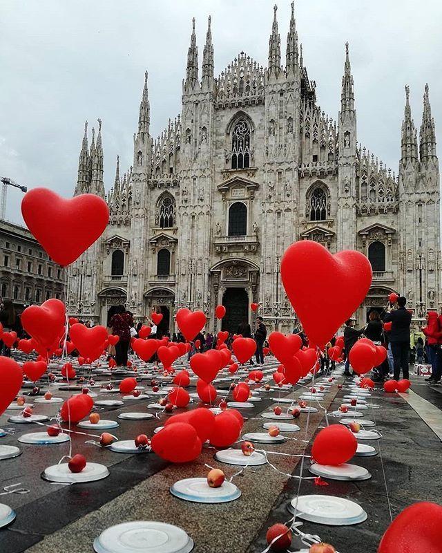 Regram Architectanddesign Cathedral In Piazza Duomo Milan Photo Uluwatu80 Duomo Di Milano Instagram Foto