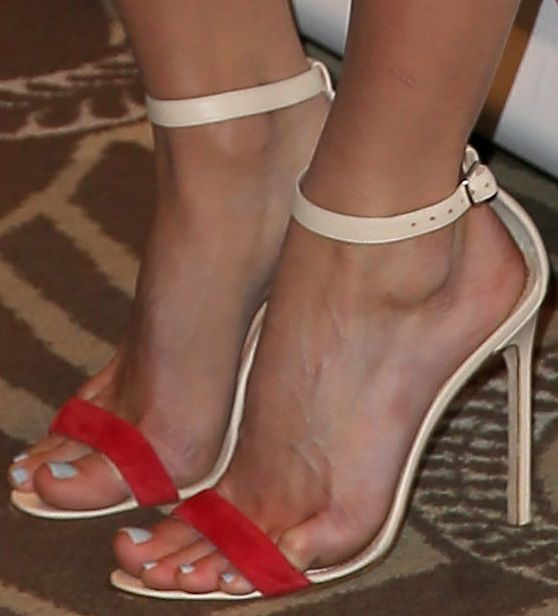 Alice Eve Is Sexy in Ankle-Strap Stilettos at the CinemaCon Opening