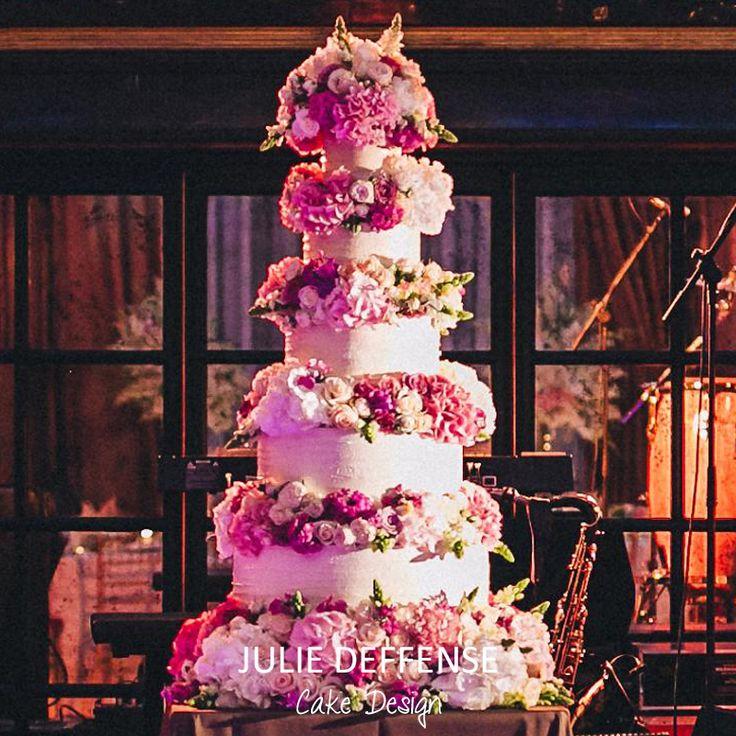 Luxury wedding cake by Julie Deffense of Julie Deffense Artistry. Sarasota, FL, Cascais, Portugal, Worldwide. Cake: Julie Deffense Photo: Gloria Aguiam Wedding Design: The Wedding Company Portugal Location: Ritz Four Seasons, Lisbon, Portugal