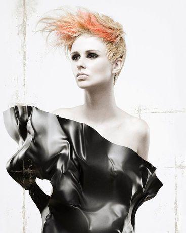 präsentiert von www.my-hair-and-me.de #women #hair #haare #blonde #blond #short #side #kurze #seite #oben #lang #orange
