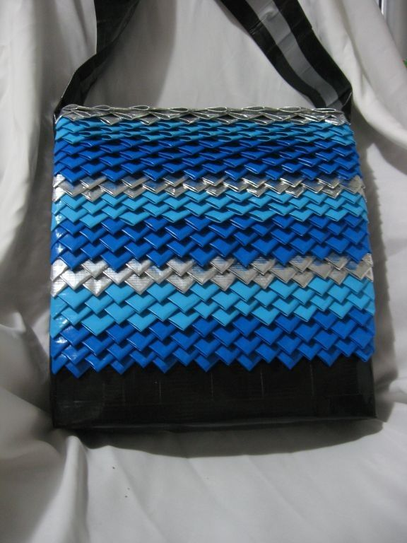 Fishscale hand bag made of 100% duct tape -- neat idea!