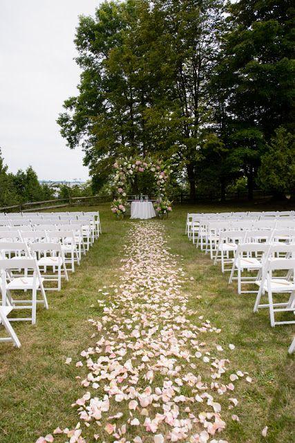Best 25+ Rose petal aisle ideas on Pinterest | Flower petal aisle ...