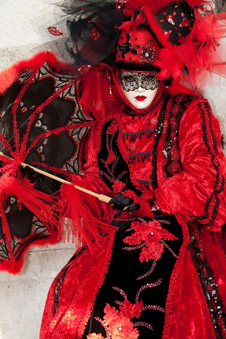 venice carnival costumes | Direct From Venice: The Carnival in Venice - 2011