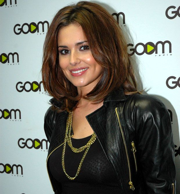 cheryl cole short hair personal style ideas and